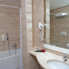White Hotel ванная фото 2