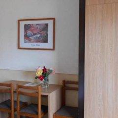 Отель Marbella Испания, Курорт Росес - отзывы, цены и фото номеров - забронировать отель Marbella онлайн удобства в номере фото 2