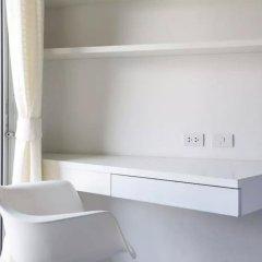 Апартаменты Condo Studio B at Replay E305 Самуи удобства в номере