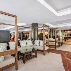Отель Duangjitt Resort, Phuket интерьер отеля
