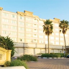 Отель Coral Beach Resort - Sharjah парковка