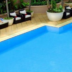 Отель Caravelle Saigon бассейн фото 3