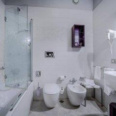 Отель Arli Business And Wellness Бергамо ванная