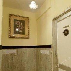 Hotel lals Haveli сейф в номере