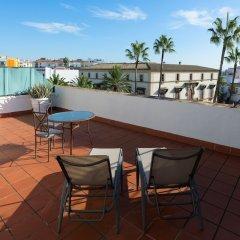 Отель TRYP Jerez Hotel Испания, Херес-де-ла-Фронтера - отзывы, цены и фото номеров - забронировать отель TRYP Jerez Hotel онлайн балкон