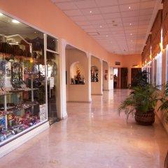 Отель Parasol Garden развлечения