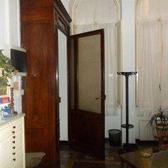 Отель Guesthouse La Briosa Nicole Генуя в номере