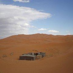 Отель Riad Aicha Марокко, Мерзуга - отзывы, цены и фото номеров - забронировать отель Riad Aicha онлайн приотельная территория фото 2