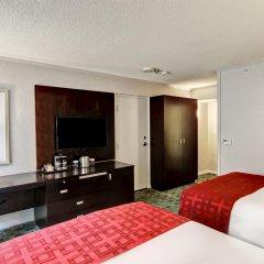 Отель DoubleTree by Hilton Hotel Toronto Downtown Канада, Торонто - отзывы, цены и фото номеров - забронировать отель DoubleTree by Hilton Hotel Toronto Downtown онлайн удобства в номере