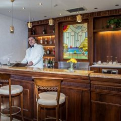 Hotel Livingston Сиракуза гостиничный бар
