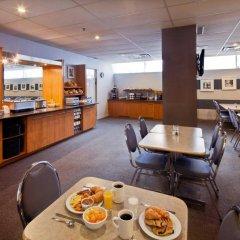 Отель Le Roberval Канада, Монреаль - отзывы, цены и фото номеров - забронировать отель Le Roberval онлайн питание фото 2