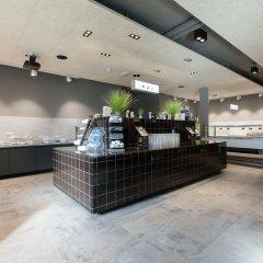 Отель a&o Frankfurt Ostend Германия, Франкфурт-на-Майне - отзывы, цены и фото номеров - забронировать отель a&o Frankfurt Ostend онлайн интерьер отеля