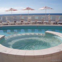 Pompano Beach Club in Southampton, Bermuda from 577$, photos, reviews - zenhotels.com pool