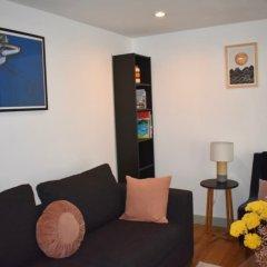 Отель Cosy 2 Bedroom House With Parking Брайтон комната для гостей фото 5