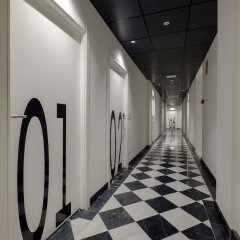 Cosmov Bilbao Hotel** интерьер отеля
