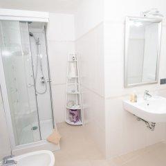 Отель B&B Serra Gerace Италия, Генуя - отзывы, цены и фото номеров - забронировать отель B&B Serra Gerace онлайн ванная