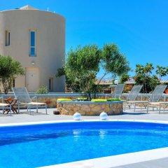 Отель Monolithia Греция, Остров Санторини - отзывы, цены и фото номеров - забронировать отель Monolithia онлайн бассейн