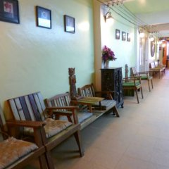 Отель Sawasdee Khaosan Inn Бангкок интерьер отеля