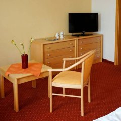 Отель Flora Чехия, Марианске-Лазне - отзывы, цены и фото номеров - забронировать отель Flora онлайн удобства в номере