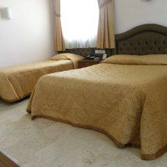 Akdeniz Hotel Мерсин комната для гостей