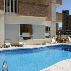 Отель Apartamentos Benimar Испания, Бенидорм - отзывы, цены и фото номеров - забронировать отель Apartamentos Benimar онлайн бассейн фото 3