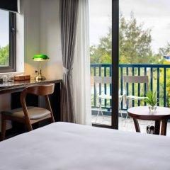 Отель The Blue Alcove Хойан балкон