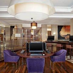Sheraton Brussels Hotel интерьер отеля