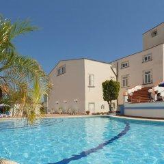 Grand Hotel Villa Politi Сиракуза бассейн