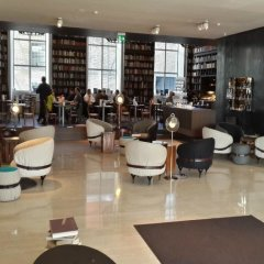 B2 Boutique Hotel + Spa гостиничный бар
