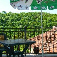 Отель Family Hotel Silvestar Болгария, Велико Тырново - отзывы, цены и фото номеров - забронировать отель Family Hotel Silvestar онлайн балкон