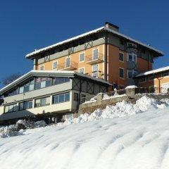 Отель Residenza Bagni & Miramonti Карано вид на фасад