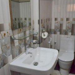 Отель Highcliffe Holiday Bungalow Шри-Ланка, Амбевелла - отзывы, цены и фото номеров - забронировать отель Highcliffe Holiday Bungalow онлайн ванная