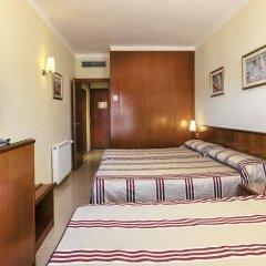 Отель Montecarlo Испания, Курорт Росес - 1 отзыв об отеле, цены и фото номеров - забронировать отель Montecarlo онлайн комната для гостей
