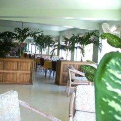 Treasure Beach Hotel Треже-Бич интерьер отеля
