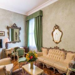 Отель Best Western Plus Hotel Villa Tacchi Италия, Гаццо - отзывы, цены и фото номеров - забронировать отель Best Western Plus Hotel Villa Tacchi онлайн комната для гостей фото 4