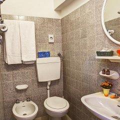 Отель Villa Iris Римини ванная