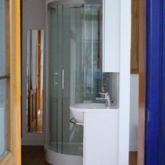 Отель B&B Matin Tranquille Бельгия, Льеж - отзывы, цены и фото номеров - забронировать отель B&B Matin Tranquille онлайн ванная фото 2