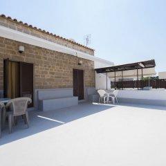 Отель Stavros Pension Греция, Родос - отзывы, цены и фото номеров - забронировать отель Stavros Pension онлайн бассейн