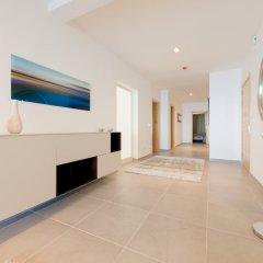 Отель THE Ultimate Luxury, Sliema With Pool Мальта, Слима - отзывы, цены и фото номеров - забронировать отель THE Ultimate Luxury, Sliema With Pool онлайн интерьер отеля
