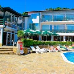 Park Hotel Kini- All Incusive пляж