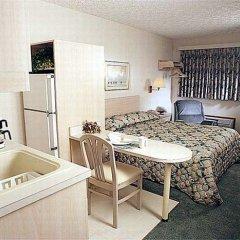 Отель Continent Inn Колумбус в номере