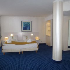 Отель Holiday Inn Munich - South Мюнхен комната для гостей фото 4