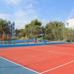 Отель Apartamentos Europa спортивное сооружение