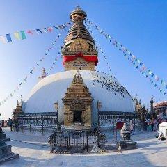 Отель Alpine Hotel & Apartment Непал, Катманду - отзывы, цены и фото номеров - забронировать отель Alpine Hotel & Apartment онлайн спортивное сооружение