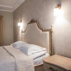 Отель Letizia Country Club Хуст сейф в номере
