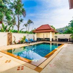 Отель Baan Kaja Villa by Lofty Таиланд, Камала Бич - отзывы, цены и фото номеров - забронировать отель Baan Kaja Villa by Lofty онлайн бассейн фото 3