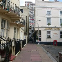 Отель Churchill Brighton фото 6