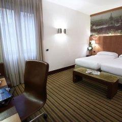 Отель Starhotels Ritz сейф в номере