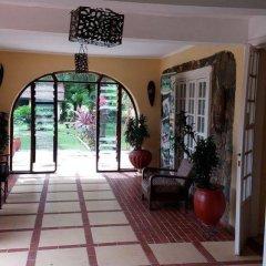 Отель Afrikiko River Front Resort развлечения