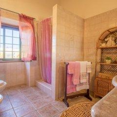 Отель Villas2go2 Barrocal Португалия, Пешао - отзывы, цены и фото номеров - забронировать отель Villas2go2 Barrocal онлайн ванная фото 2
